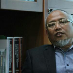dr. H. Adang Sudrajat, MM.AV Anggota DPR RI Komisi IX FPKS
