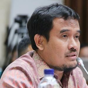 H. Rofi' Munawar, Lc. Anggota DPR RI FPKS.